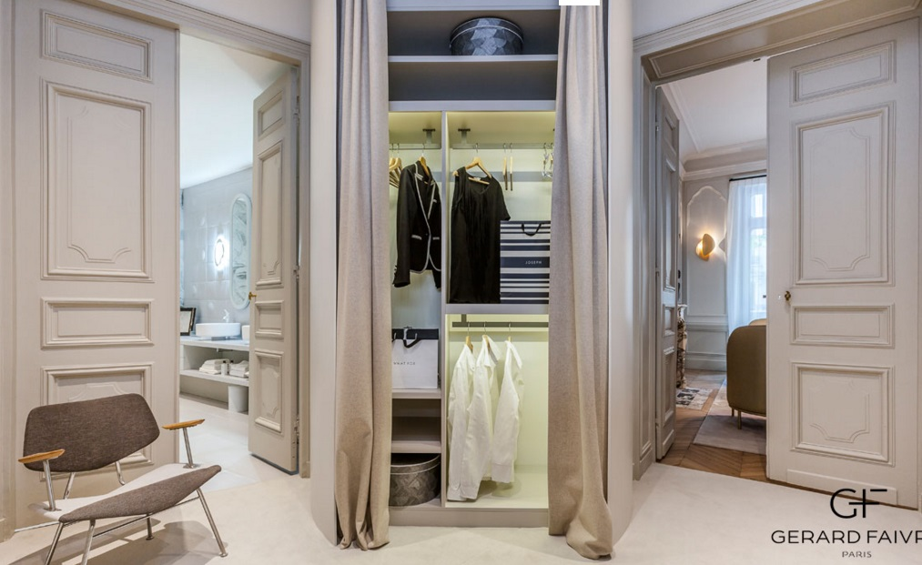 Parisian apartment VI 12