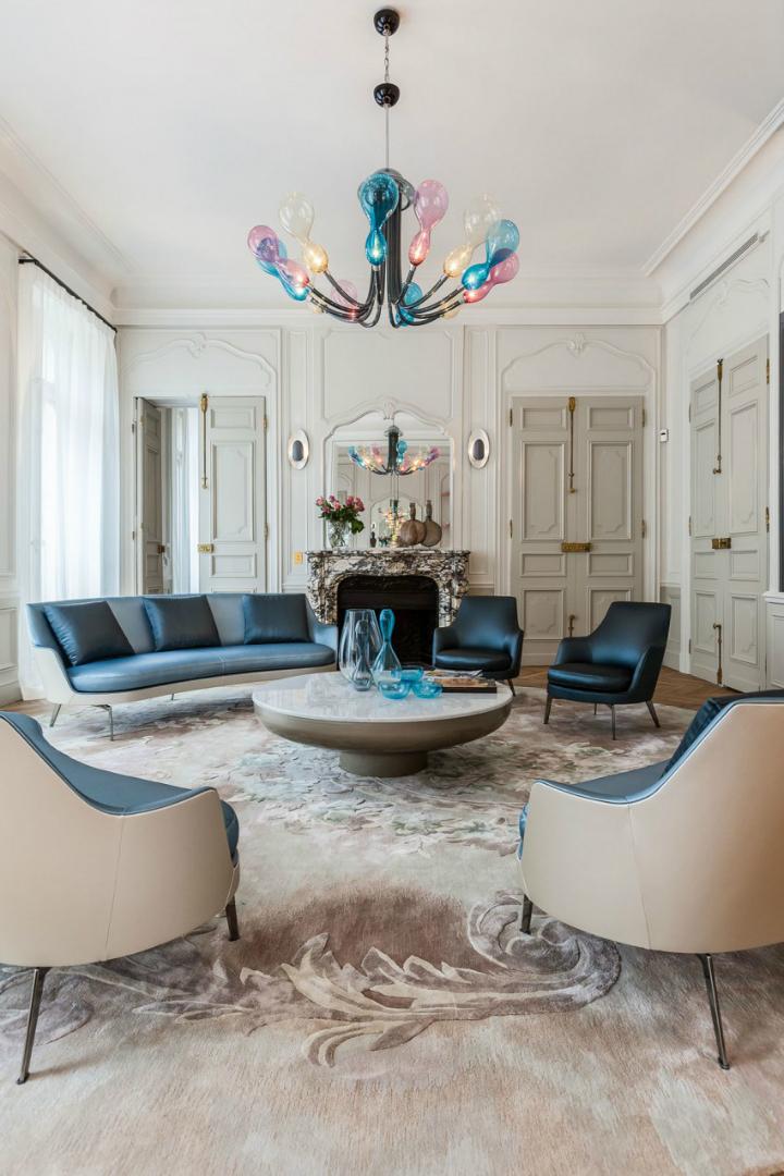 Parisian Apartment VI 2