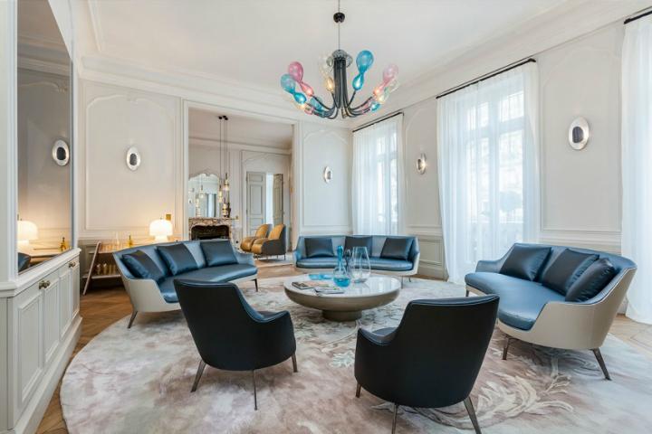 Parisian Apartment VI 3