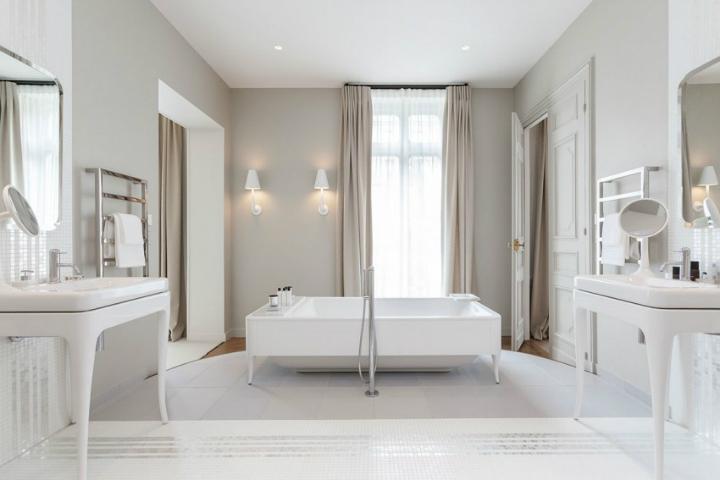 Parisian Apartment VI 6