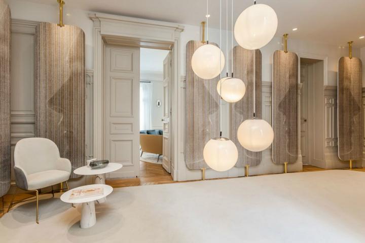 Parisian Apartment VI 9