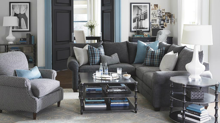 gray and blue Real Living Room Idea with geomeric pattern pillows