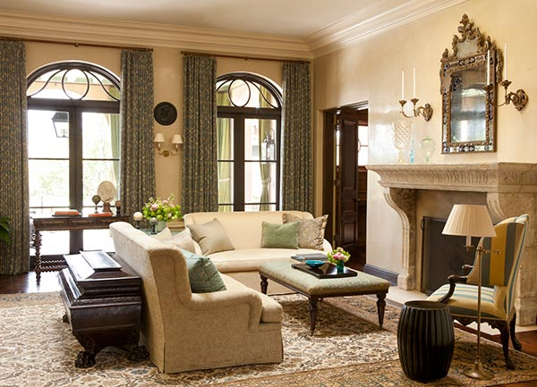 Sophisticated Interiors That Are Enlivened With a Fresh Mixture Of Pattern by Christine Markatos 3
