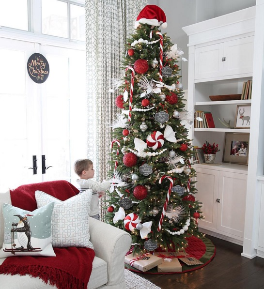 Best Christmas Trees We've Seen On Instagram 3
