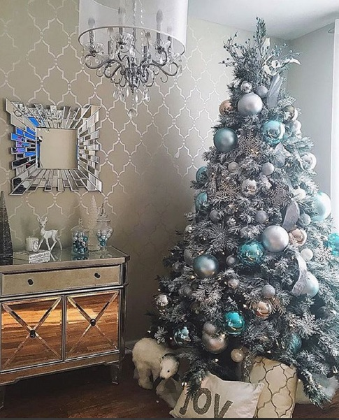 Best Christmas Trees We've Seen On Instagram 7