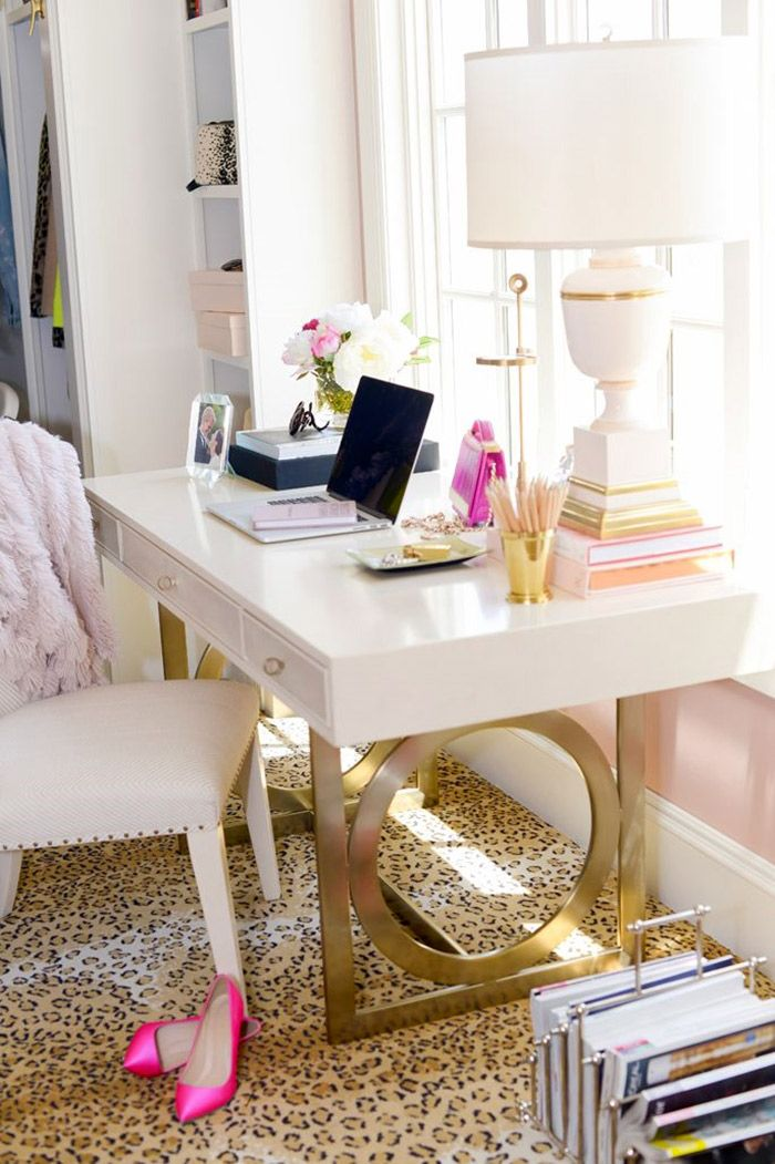 feminine home office idea