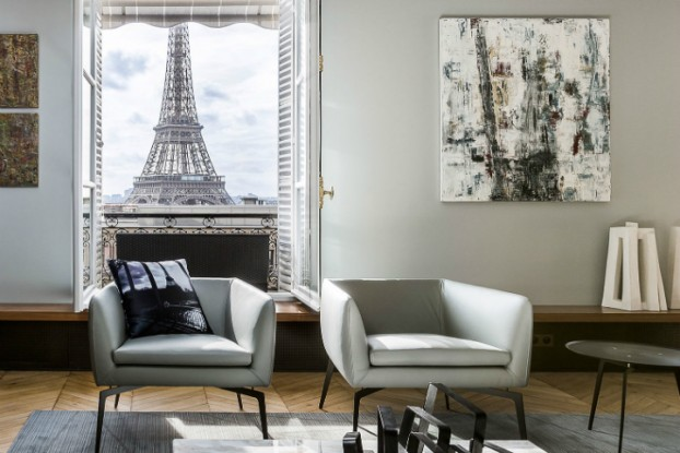 Luxury Apartment in Paris Overlooking The Eiffel Tower 5