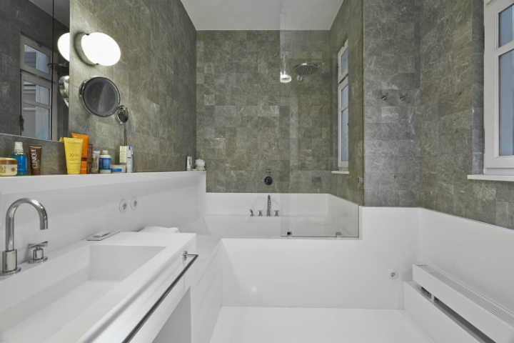 white and gray bathroom 2