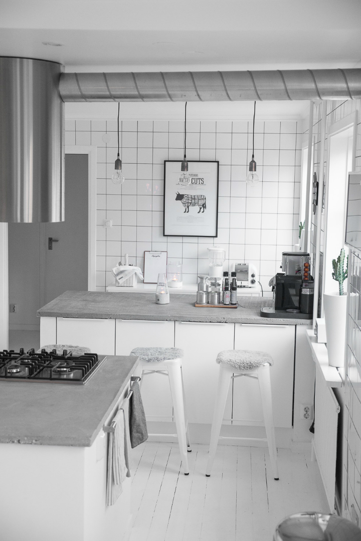 Dream White Scandinavian Home With Lots Of Character 22