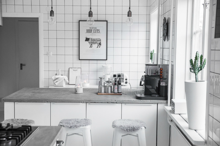 Dream White Scandinavian Home With Lots Of Character 23