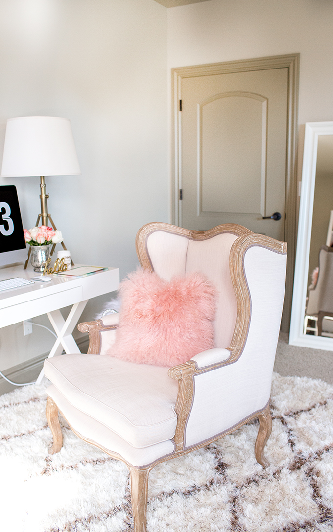 A Fashion Blogger's Home Office