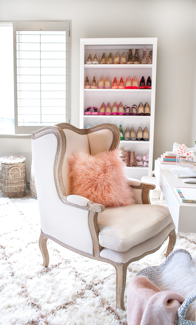 Fashion Blogger's Home Office 7