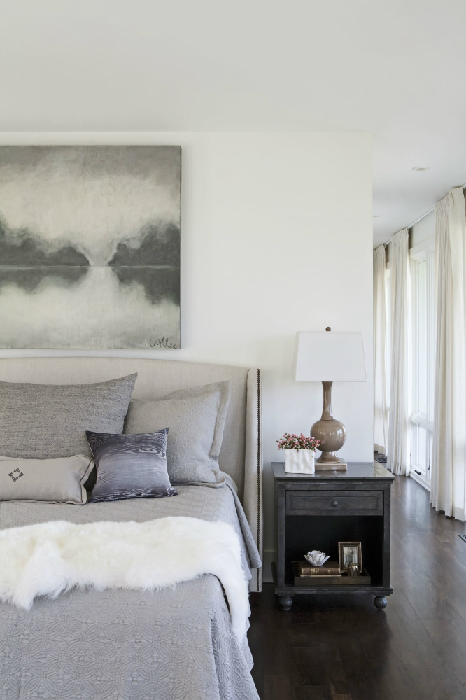 Spaces That Are Comfortable Stylish and Easy To Live In 40
