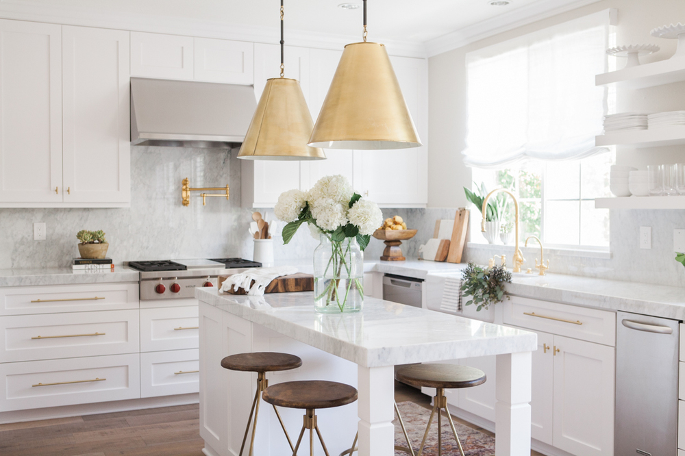 Chic White Kitchen with gold hardware 16