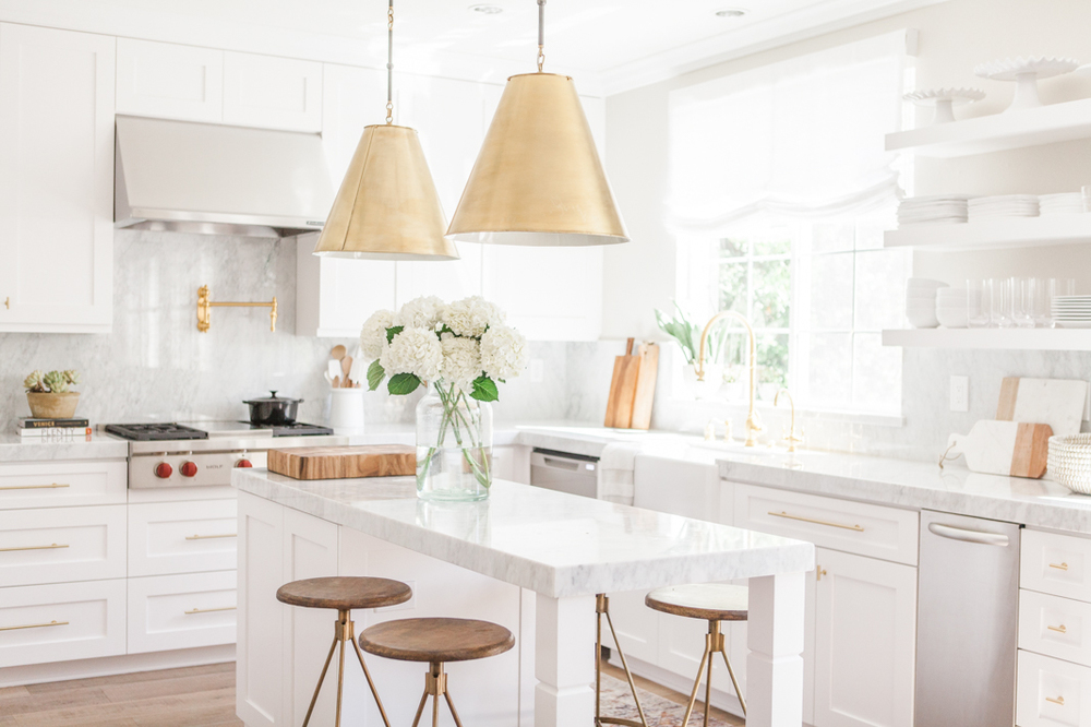 Chic White Kitchen with gold hardware 3