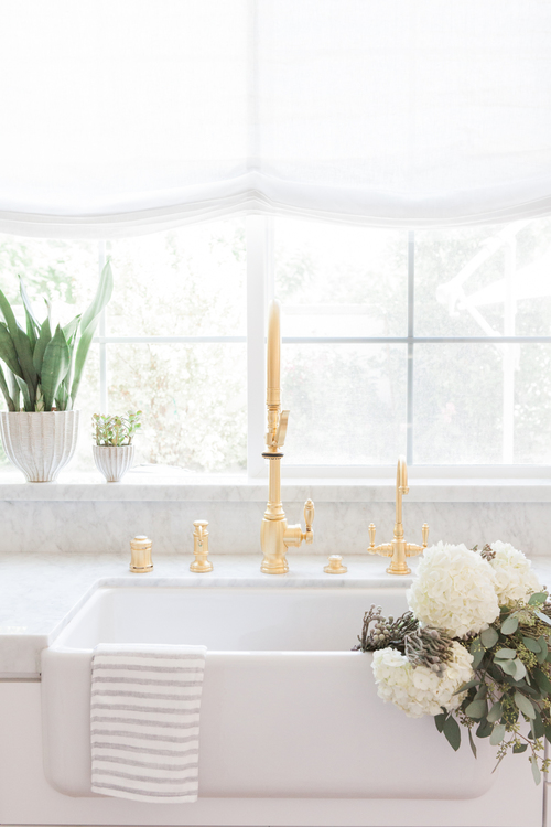 Chic White Kitchen with gold hardware 8