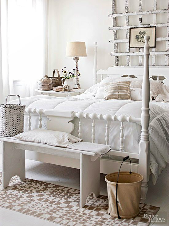 10 steps to create a cottage style bedroom decoholic. Black Bedroom Furniture Sets. Home Design Ideas