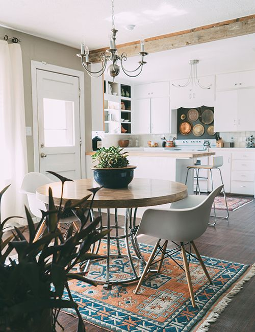 modern and tradiotional dining room kitchen