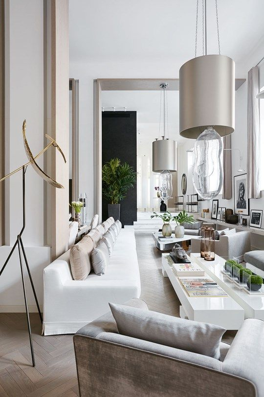 Kelly Hoppen's house in neutral tones