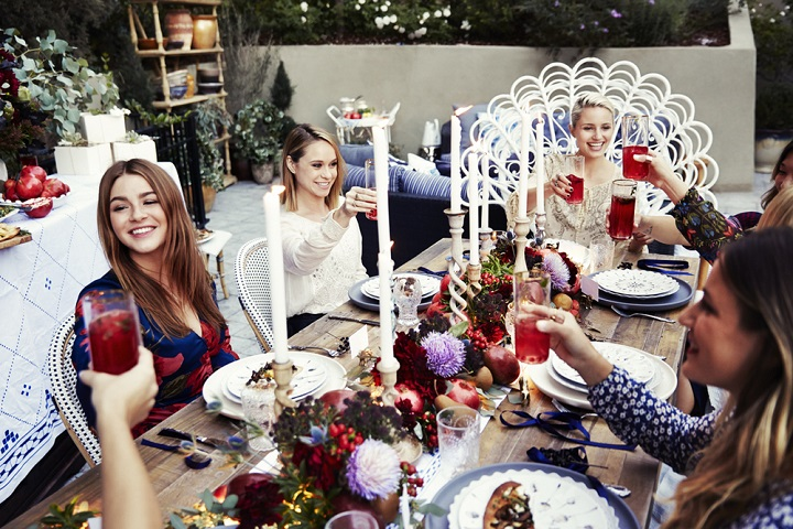 bohemian chic outdoor dinner party decoration 20
