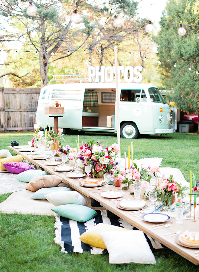 How to host the perfect bohemian chic outdoor dinner party for Outdoor brunch decorating ideas