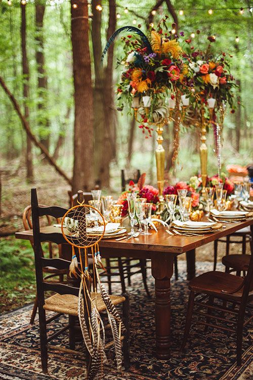 How to host the perfect bohemian chic outdoor dinner party Fall decorating ideas for dinner party