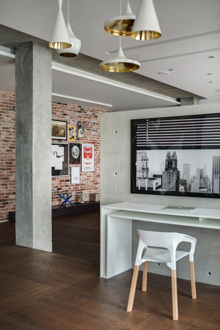 A Cozy Open Interior 2