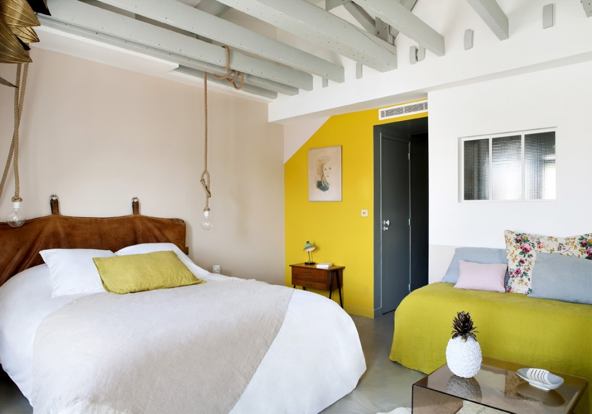 Budget Friendly Boutique Hotel In Paris With Trendy Decor 12