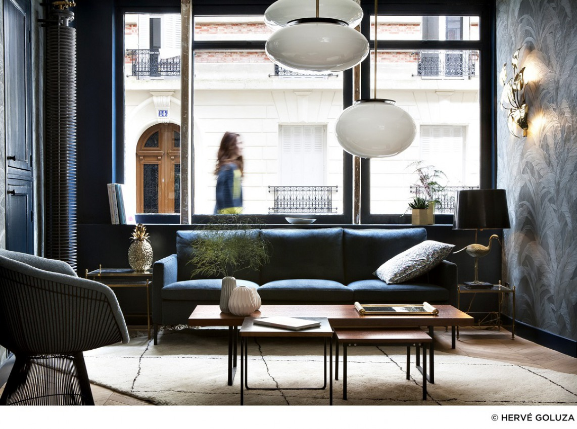 Budget friendly boutique hotel in paris with trendy decor for Hotel paris design
