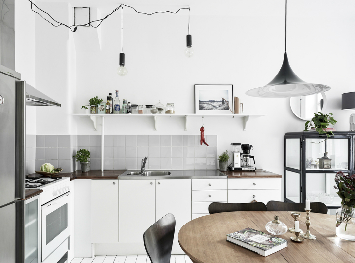 Scandinavian stylish apartment interior design idea 14