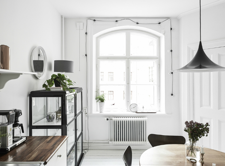 Scandinavian stylish apartment interior design idea 16