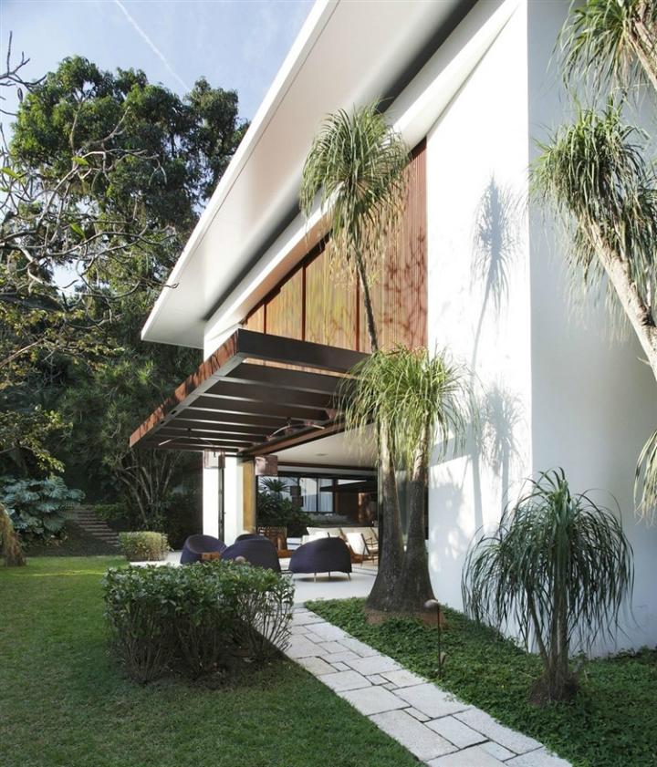 Comfortable Spacious Pool House in Rio de Janeiro 15