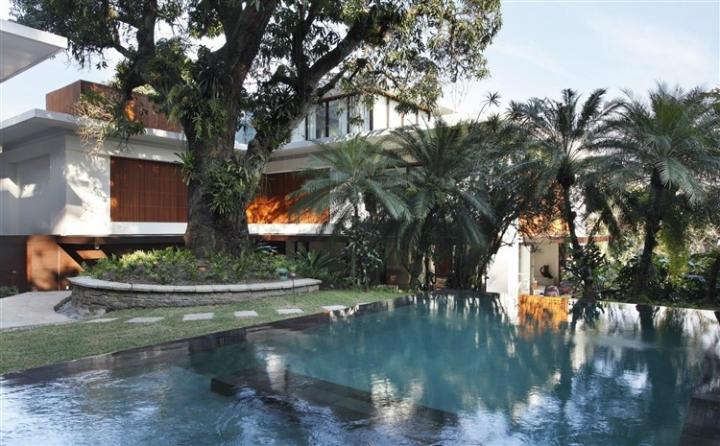 Comfortable Spacious Pool House in Rio de Janeiro 17