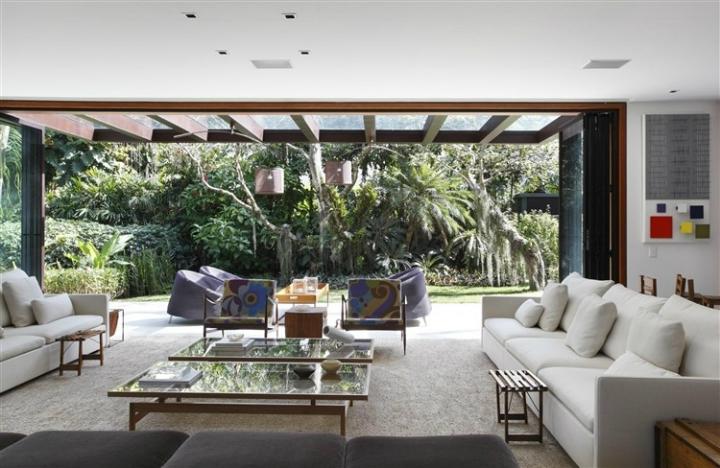 Comfortable Spacious Pool House in Rio de Janeiro 2