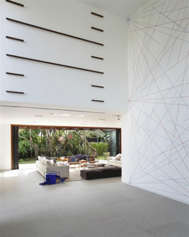 Comfortable Spacious Pool House in Rio de Janeiro 5