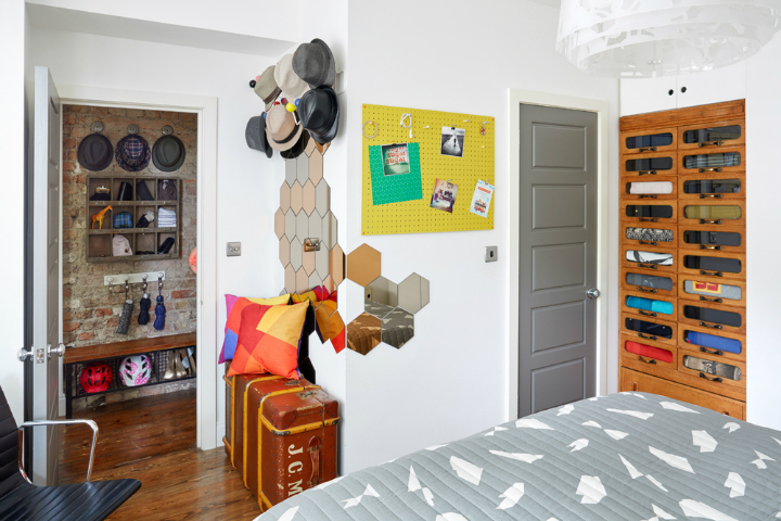 Fun Stylish and Colorful Apartment 14