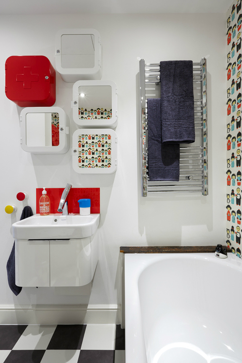 Fun Stylish and Colorful Apartment 22