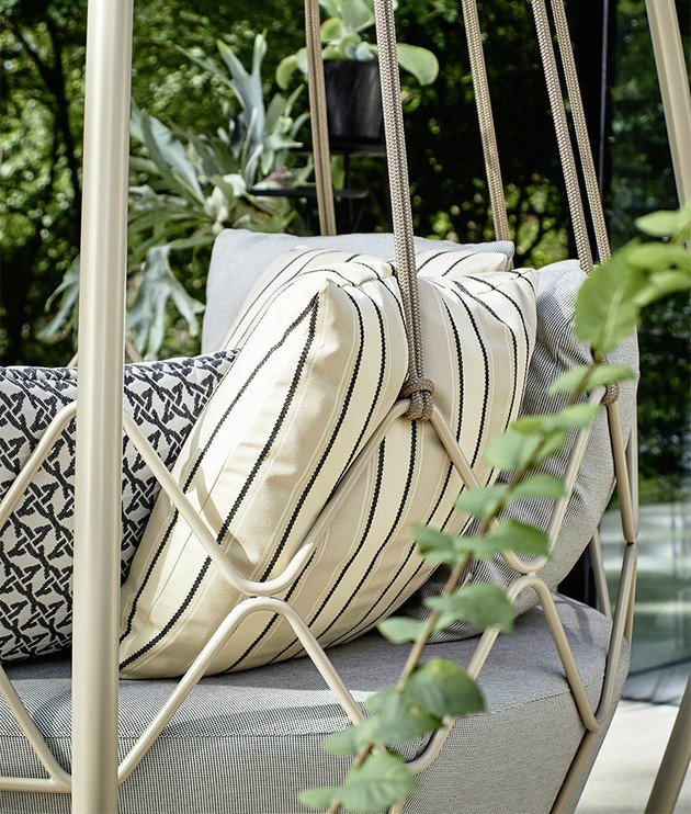outdoor Gravity swing sofa 4
