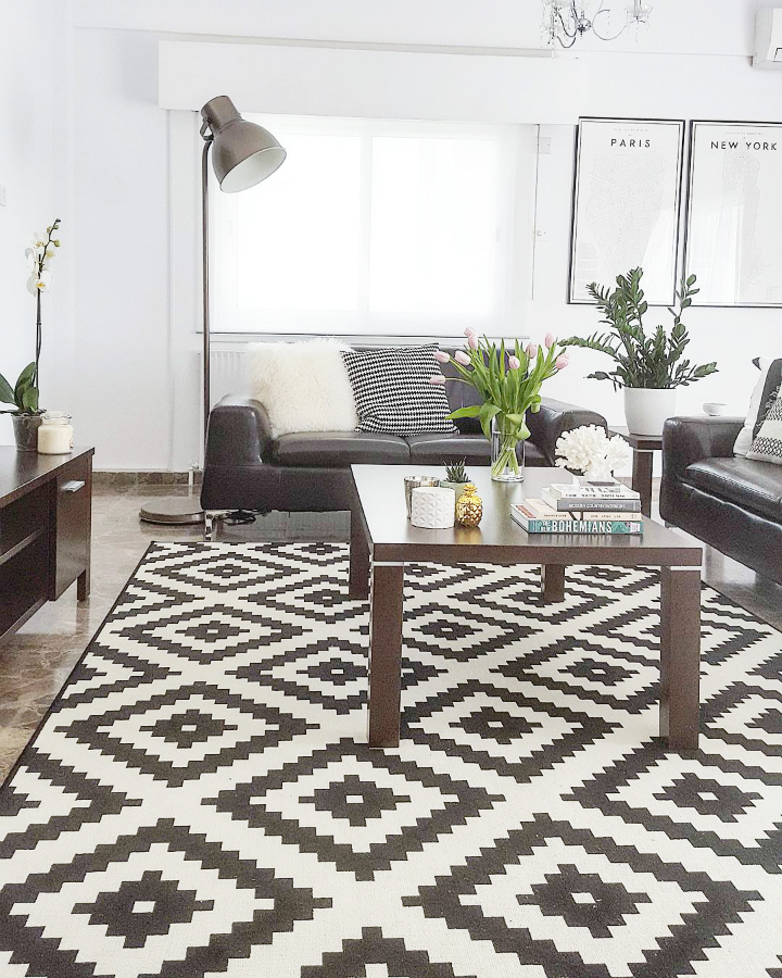 black and white living room rug 48 black and white living room ideas decoholic 25260