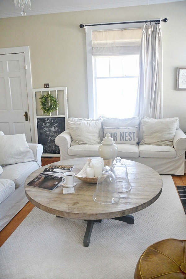 Liz Marie's Cozy Abode and its Creative Décor 27