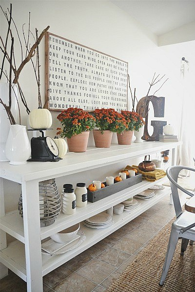 Liz Marie's Cozy Abode and its Creative Décor 8
