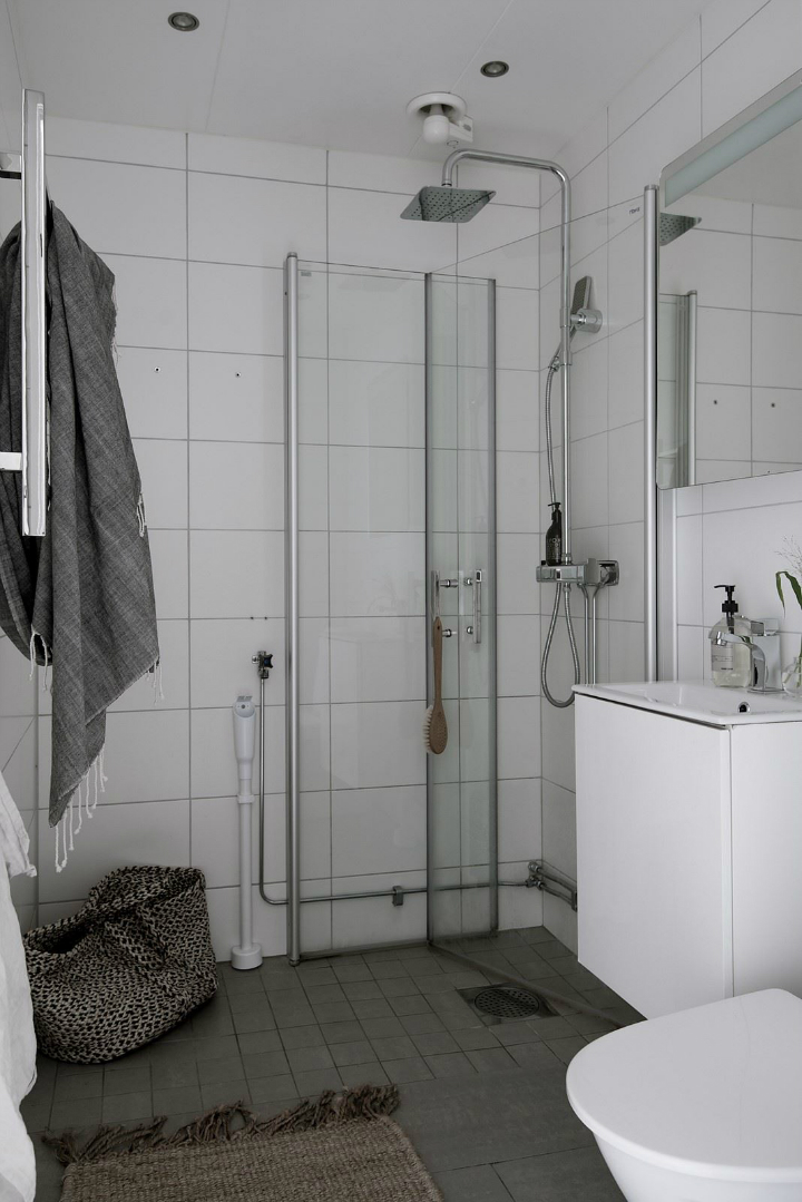 White With Grayish Tones apartment interior 28