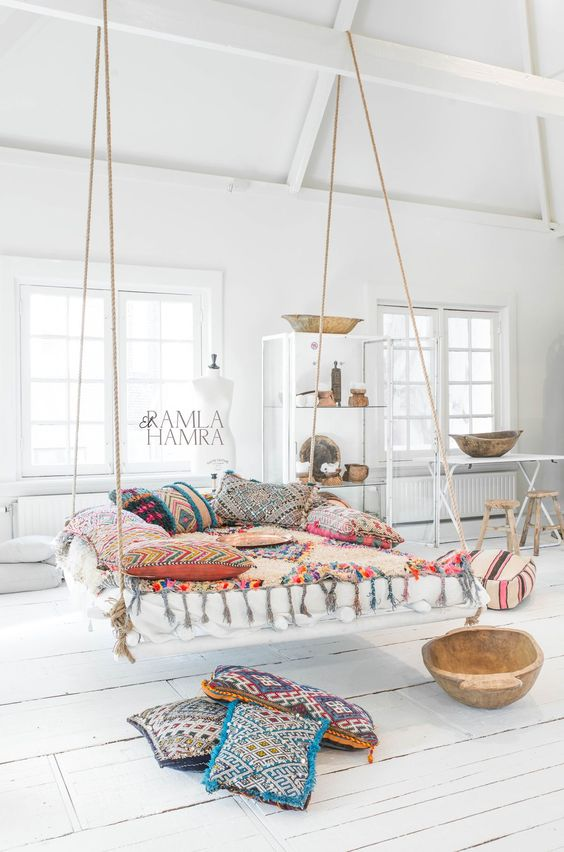 bohemian living room decorating idea 13