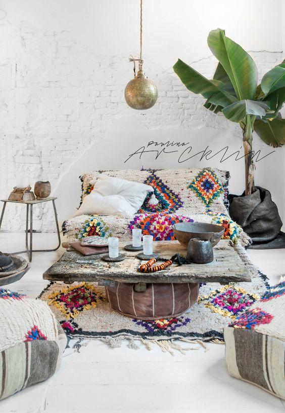26 Bohemian Living Room Ideas - Decoholic on Bohemian Living Room Decor Ideas  id=85973