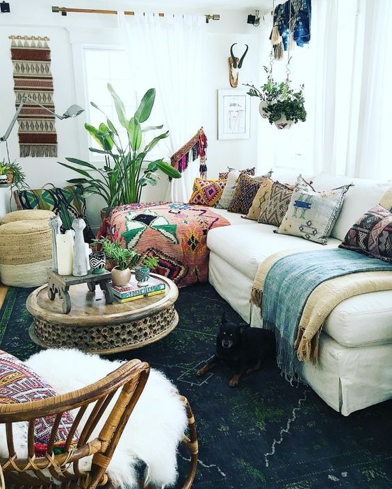 bohemian livin room decorating idea 8