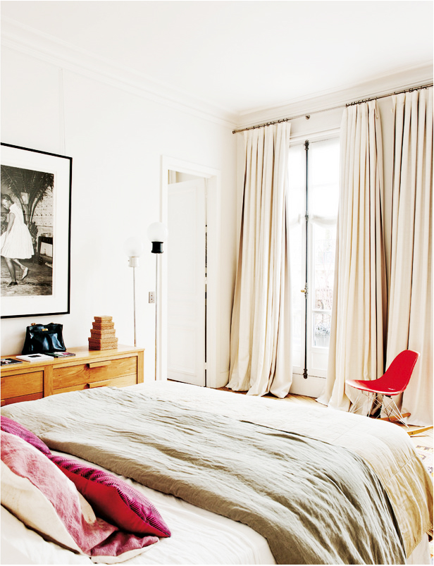 Eclectic Parisian Apartment 8