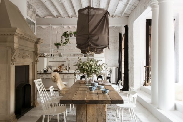 Gorgeous Home interior In The Heart of Barcelona