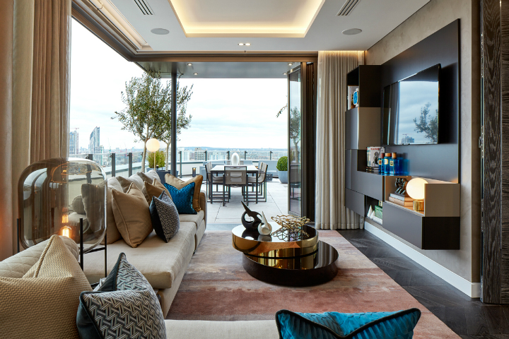 exceptional triplex penthouse apartment overlooking the River Thames tops 12