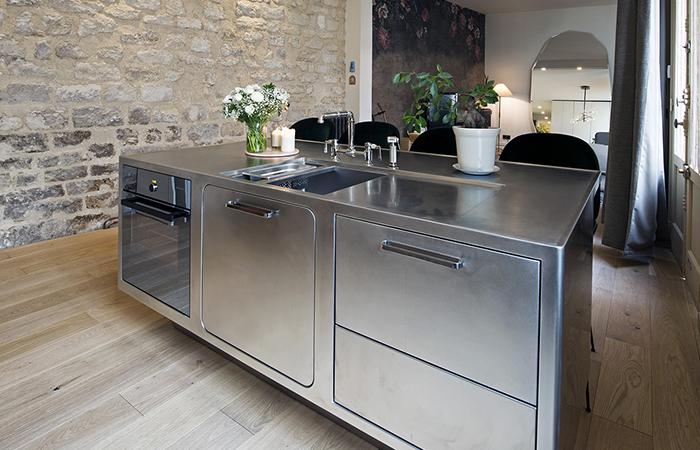 contemporary french apartment interior design 7