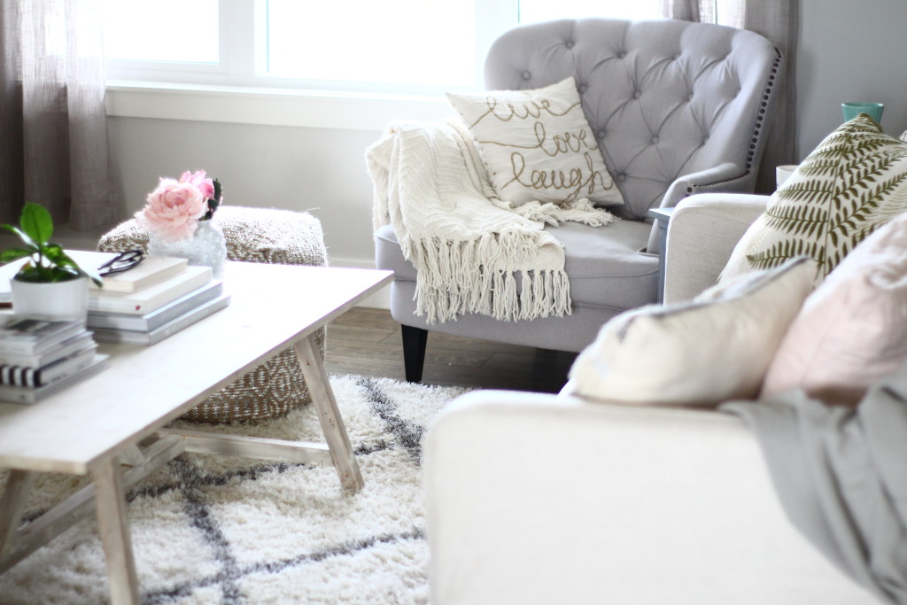 Super Cozy and Stylish On A Budget Home interior design 3